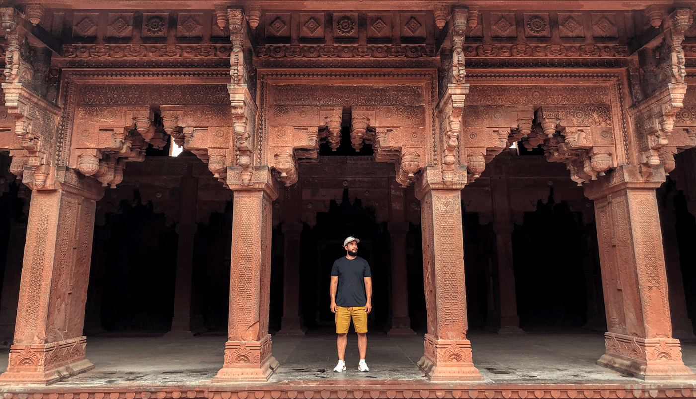 Enjoying my company at Red Fort. Delhi, India (2019)